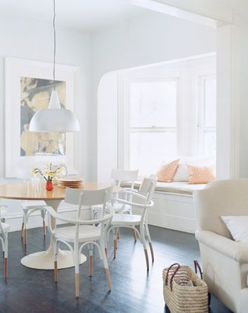 Dining Rooms from Domino Magazine, via Flickr.Dining Rooms, Windows Seats, Dining Chairs, Diningroom, Painting Chairs, Window Seats, White Wall, White Room, Dips Chairs