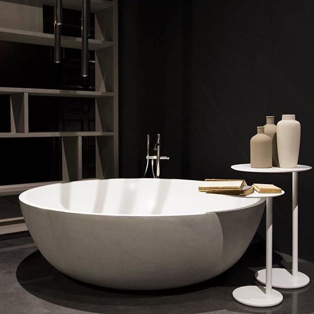 #Rifra #Milano #madeinitaly #interiors #interiordesign #design #corian #bathtub #library #cement #archiproducts #archilovers #luxury #home #architecturephotography #homestyle