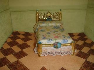 cositas de dos: TUTO cama dorada