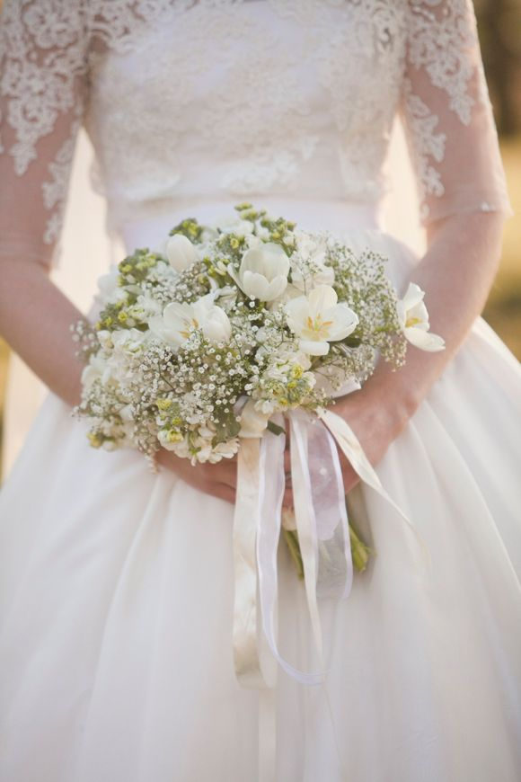 104 best white wedding bouquets images on pinterest flowers 104 best white wedding bouquets images on pinterest flowers white wedding bouquets and white weddings junglespirit Choice Image