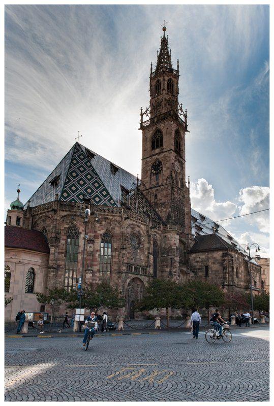 Duomo di Santa Maria Assunta (Bolzano) - Der Dom Maria Himmelfahrt (Bozen)  http://www.viaclaudiaaugusta2014.it/