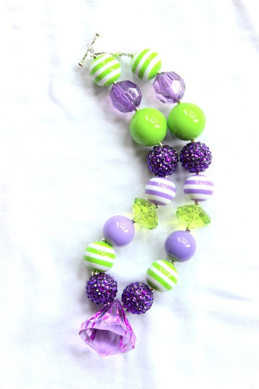 girls chunky bubblegum bead necklace lime by LightningBugsLane, $15.00