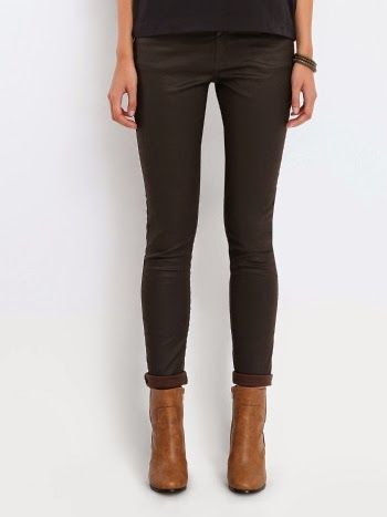 Pantaloni skinny pentru femei Pantaloni eleganti de dama/ Pantaloni lungi http://www.magazinuniversal.net/2014/11/pantaloni-skinny-pentru-femei.html