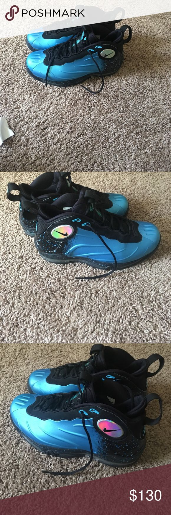 Tim Duncan foamposites Great condition size 11 Nike Shoes Sneakers