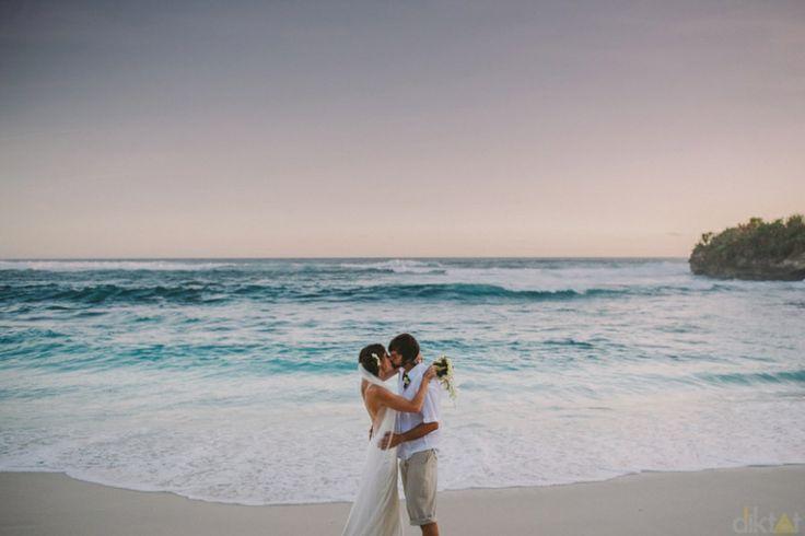 Wedding at The Point Lembongan Islands // Robert & Jaime // Wedding Destination » Diktat Photography
