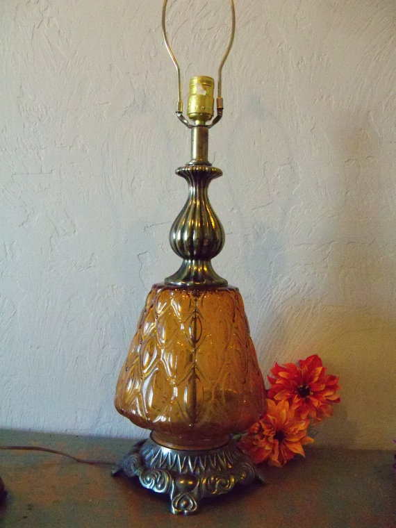 Lite Up Glass Lamps : I would like a vintage glass lamp for my living room