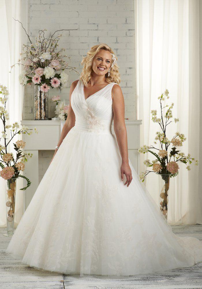 Les 10 meilleures id es de la cat gorie mariage grande for Robes formelles plus la taille pour les mariages