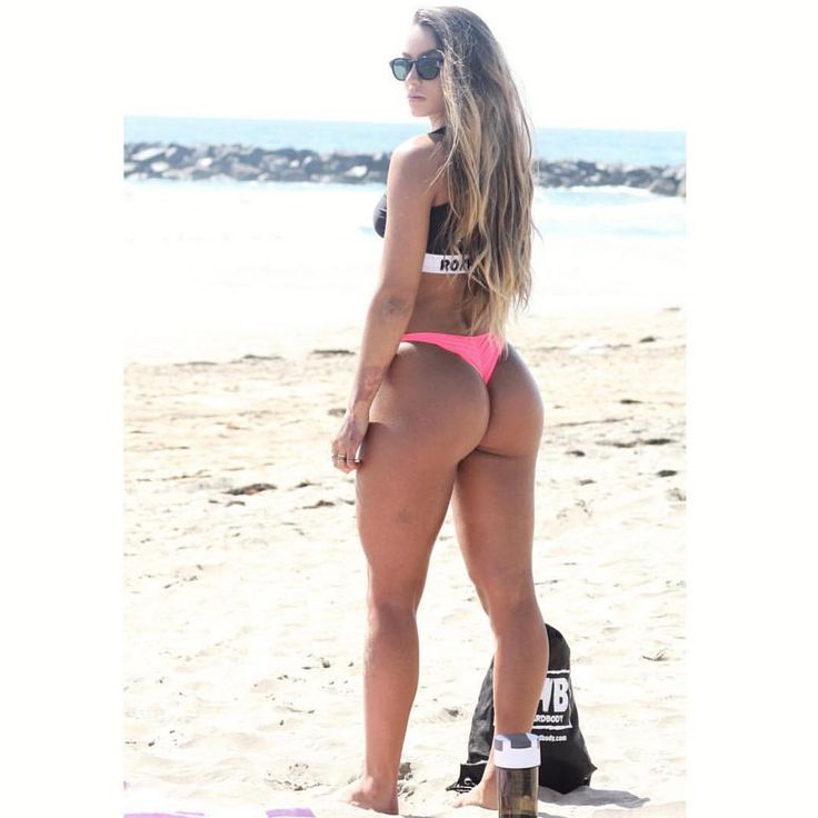 Sommer ray twerking and shaking that fat ass huge ass and booty twerk