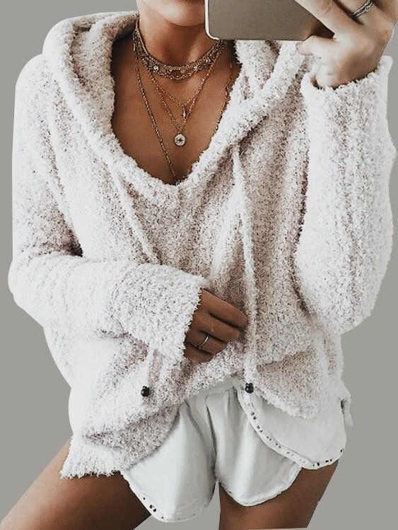 Yes please! This soft warm teddy bear hoodie will go perfectly with my skinnies jeans and a shirt! | Outfit ideas for stylish women.