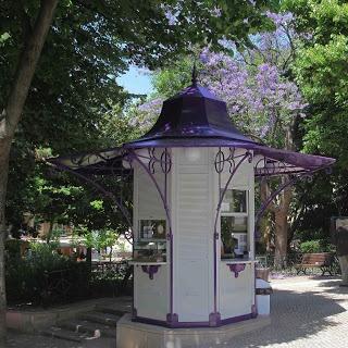 Quiosque de Refresco: Praç das Flores- Lisboa. Março 2013