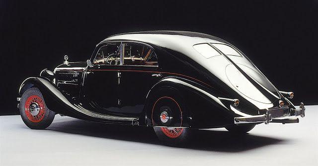 Mercedes-Benz 320 Stromlinien-Limousine (1939)