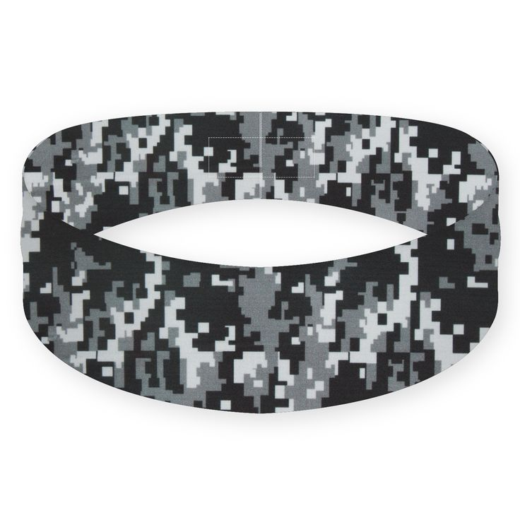 When you exercise, every goal you set for yourself is like a mission. With a fresh, modern camouflage pattern and a durable, sweat-resistant material, the Black Ops headband is the perfect uniform for accomplishing your daily missions.