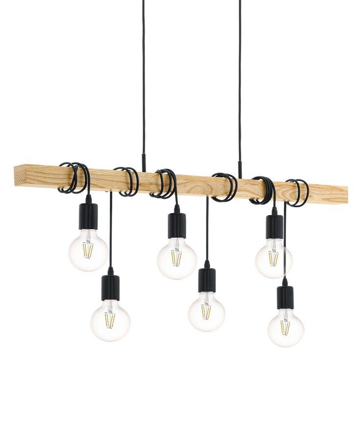 Townshend falt øyeblikkelig i smak da vi først så den. Lampen består av seks sokler i sortlakkert stål med sort kabel som er snurret rundt en planke i lyst treverk. Meget enkelt konsept, men svært dekorativt. Varier uttrykket ved å kjøpe ulike dekorative pærer.