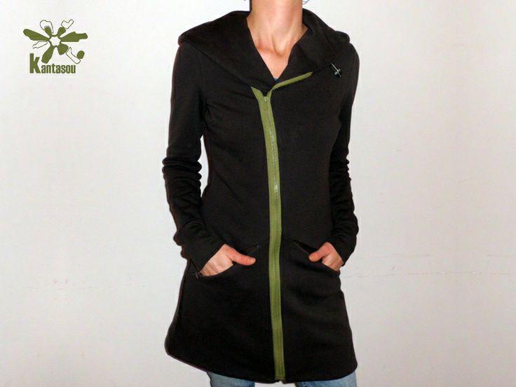 Superbe veste de sueur brun foncé. Avec deux poches cachées sur le devant. Vert Kaki, changer fermeture éclair en diagonale pour fermer.  Disponi...