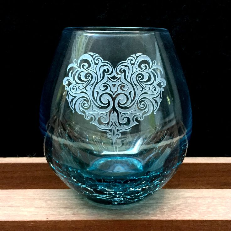 Swirly Tribal Heart, Crackle Wine Glass, Stemless - Integrity Bottles