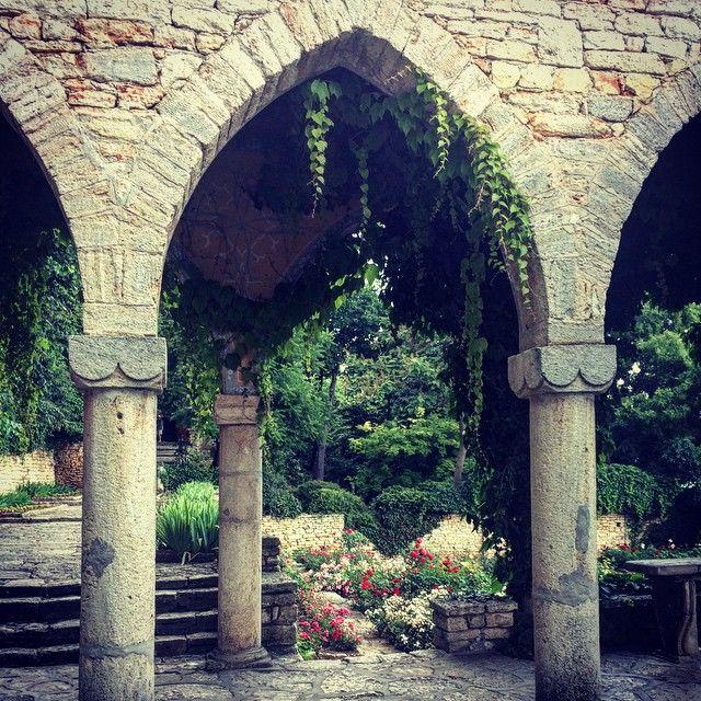 Balchik • Bulgaria • Stone decoration