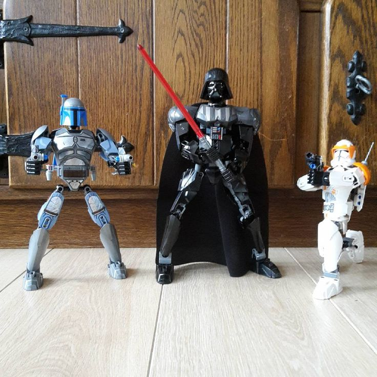 """A few moments ago, right here in my living room... #LEGO #Starwars Buildable Figures  #DarthVader #JangoFett #CloneCommanderCody"""