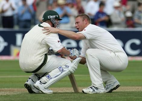 The most iconic image from the 2005 Ashes series. England have just beaten the Aussies in an absolute classic and Freddie Flintoff consoles Brett Lee when most Englishmen would have liked to have danced naked! Shows that the spirit of Cricket is alive
