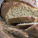 pane con farina di lenticchie e alloro http://unafettadiparadiso.blogspot.it/2014/11/pane-con-lenticchie-verdi-ed-alloro.html