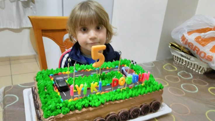 Kayram 5 yaşında pastamizi yapan pınar özen ablamıza çok teşekkürler