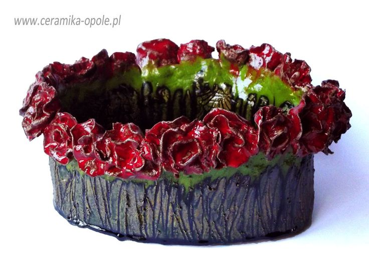 Ceramic bowl with roses