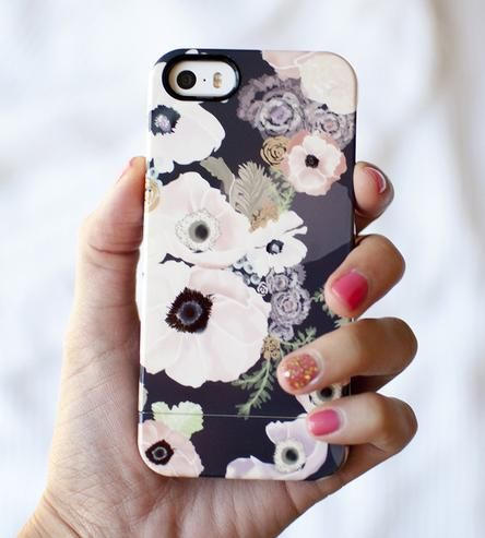 Une Femme iPhone 5/5S Cover by Khristian A. Howell on Scoutmob Shoppe