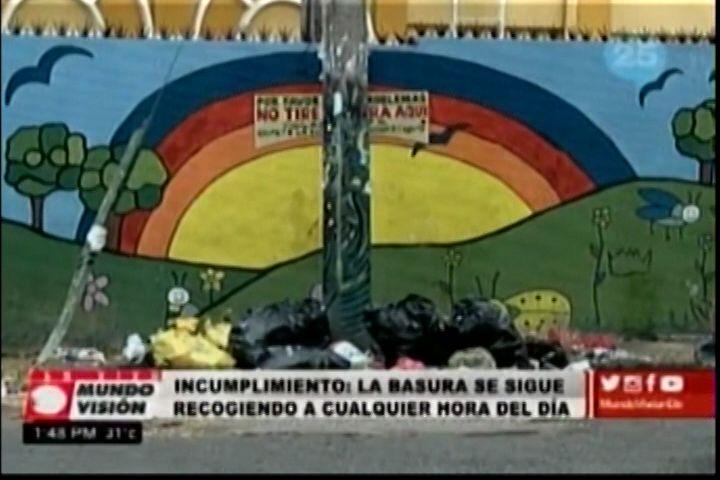 Los comunitarios de San Carlos se quejan porque la recogida de la basura no tiene horario