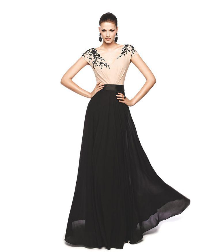 Vestido de fiesta con top rosa y falda negra Modelo Nagrid - Pronovias 2015
