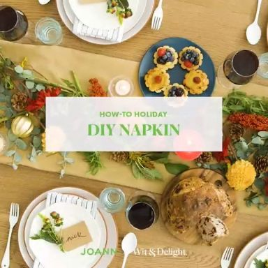 Looking for a simple way to make your holiday get togethers stand out? Our simple, DIY napkins will be the perfect finishing touch on your holiday tablescapes. #handmadewithjoann