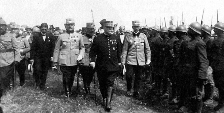 Marshal Joffre inspecting Romanian troops 1916.