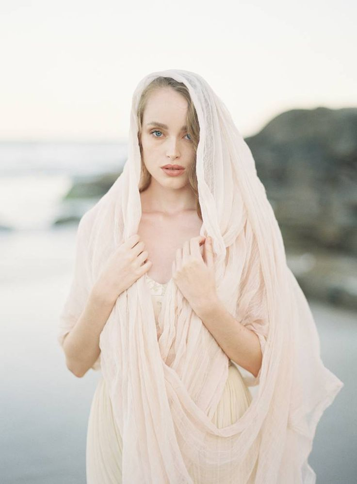 Ethereal wedding shoot on Australia's Sunshine Coast via Magnolia Rouge