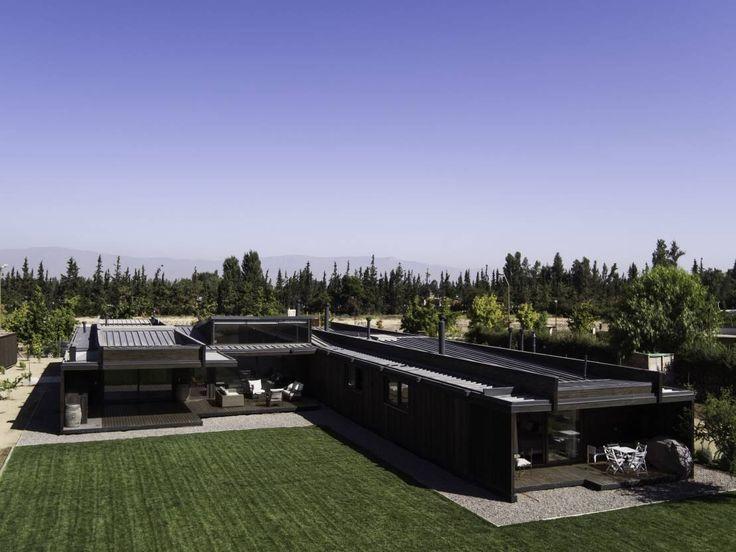 Fachadas e interiores de casas de una planta