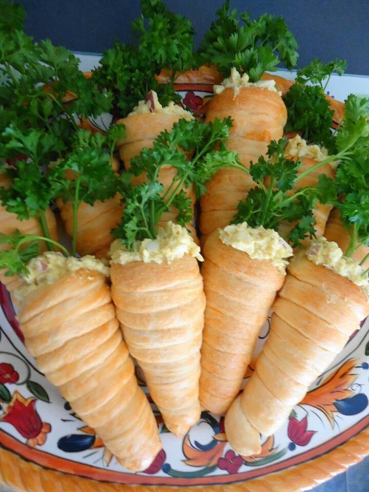 Egg salad filled crossiats