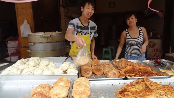 Street pastry bakers in Beijing.