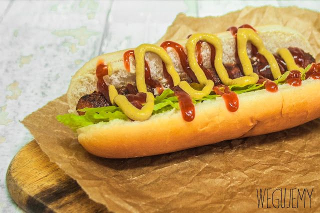 Wegański hotdog z marchewki // Vegan carrot hotdog