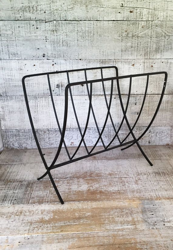 ber ideen zu zeitschriftenst nder auf pinterest kupfer eckregale und kupferrohr. Black Bedroom Furniture Sets. Home Design Ideas