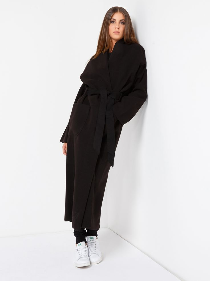 CAPPOTTO MANTRA #metjeans #met #jeans #style #fashion #woman #apparel #accessories #fall #winter #collection #shopping #online #black #coat
