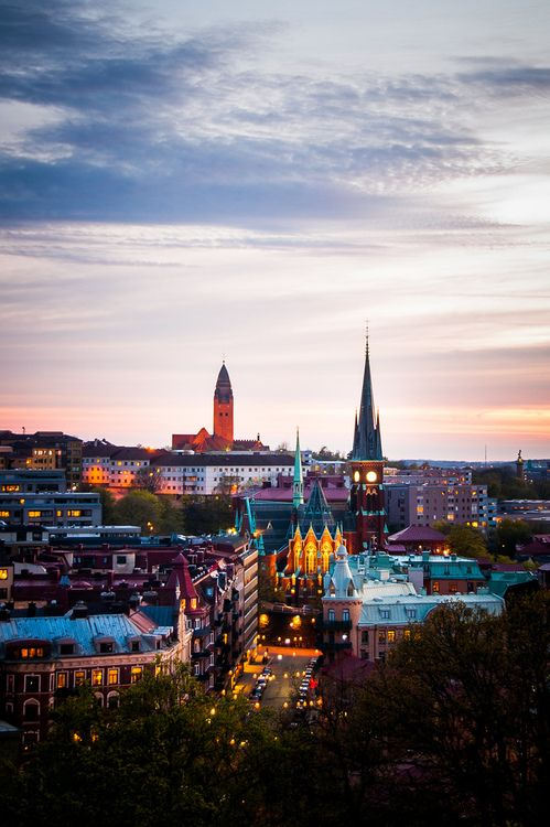 Gothenburg at Night (by m.westin)