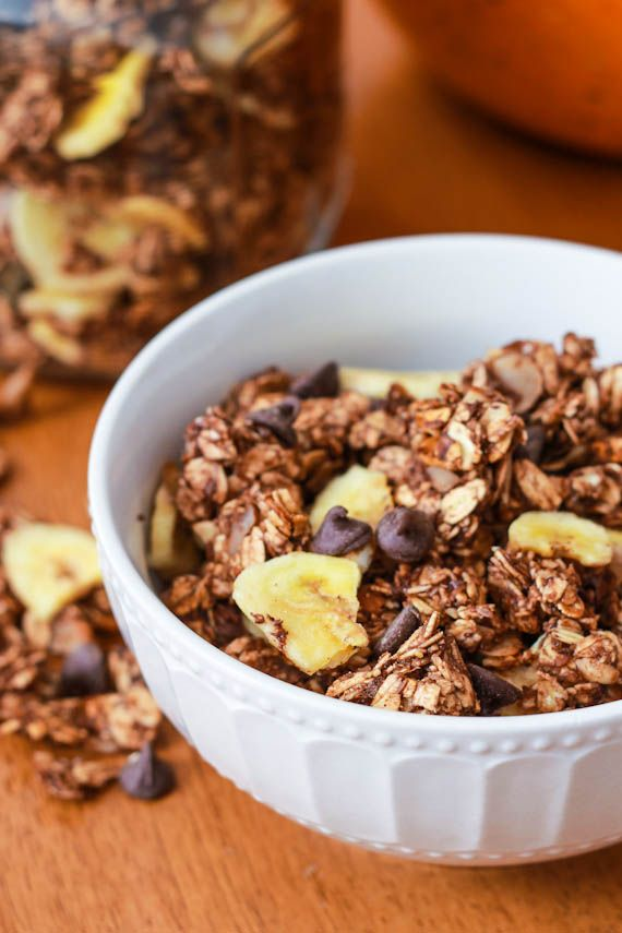 Banana Nutella Granola by sallysbakingaddiction.com I am addicted to it...so easy and cheap to prep...I modified the recipe by adding tablespoons of : bran , brewer yeast, whey protein, flax meal, flax seeds and other seeds...by replacing 1/2 of the oats by TVP, it adds a protein boost and lowers the total carbs...yummy !