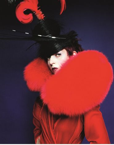 http://blog.soup-magazine.com/post/68671047397/isabella-blow-fashion-galore-isabella-blow