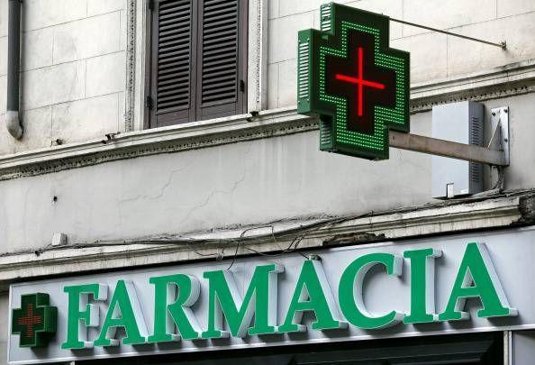 Tuscolano, arrestati rapinatori farmacie della zona. Due romani da due anni mettevano a segno colpi indisturbati