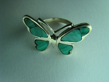 Кольцо бабочка малахит