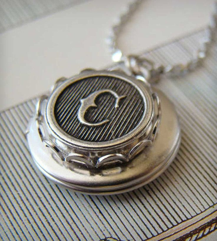 Customizable Monogram Locket in Silver