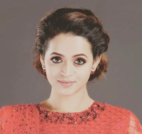 Bhavana Malayali actress with hair bun