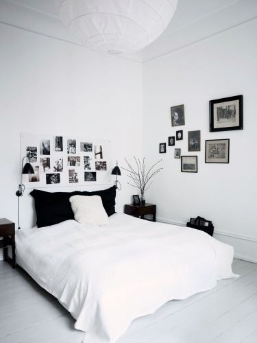 Love the walls and over the bed....