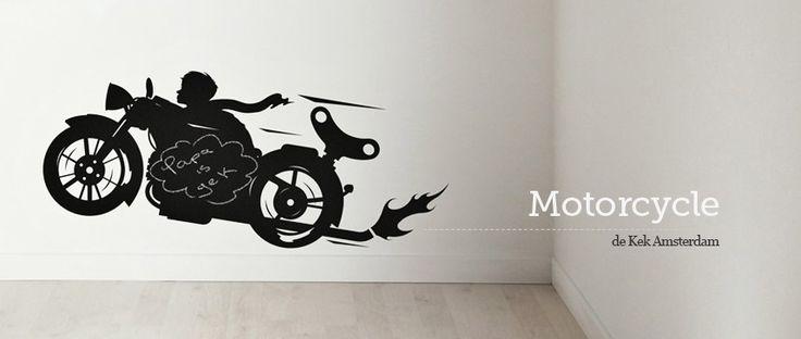 Vinilo infantil Motorcycle con efecto pizarra de la colección Toys for Boys de Kek Amsterdam.  #wallsticker #vinilo #pared #wall #decoration #decoracion #interiorismo #interiorism #home #casa #ninos #kids #KekAmsterdam #Motorcycle
