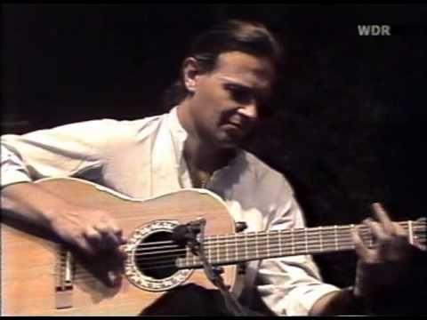 ▶ Paco de Lucia & John Mclaughlin & Al Di Meola - A Special Guitar Summernight - YouTube