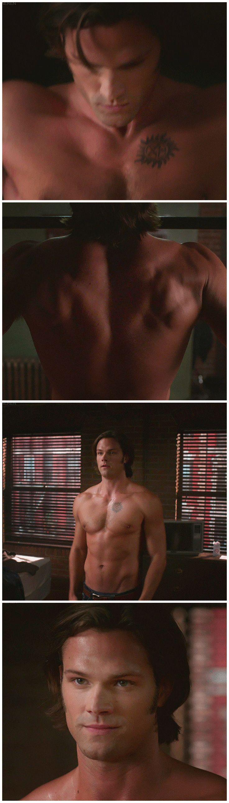 [gifset] Half naked Sam - start your morning off right ;) 6x03 The Third Man #SPN #Sam #SoullessSam