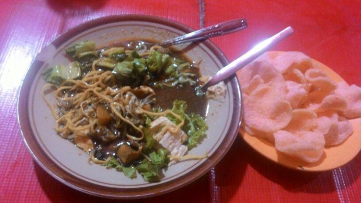 Tahu campur, indonesian food
