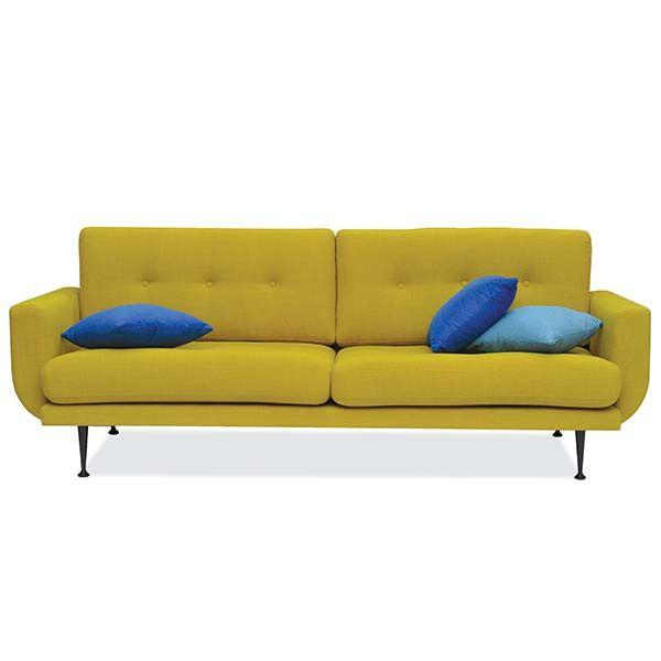 Bank Fly 3 zits  Description: De maten van de bank zijn: 230x87x82cm lxbxhIn verschillende kleuren leverbaar. Ook is de bank in 2 zits verkrijgbaar en in een fauteuil.Maten 2-zits: 180x87x82cm lxbxh maten fauteuil: 82x69x45cm lxbxhDe pootjes zijn Chroom maar kunnen ook in het zwart.  Price: 649.00  Meer informatie  #woononline